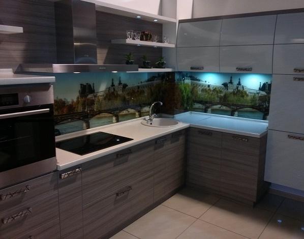 кухня со шпонированными фасадами мдф