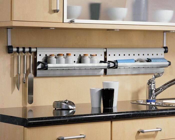 рейлинговые системы для кухни с аксессуарами